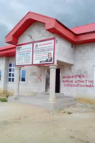 aks_churchbuildingcollapes_pic1